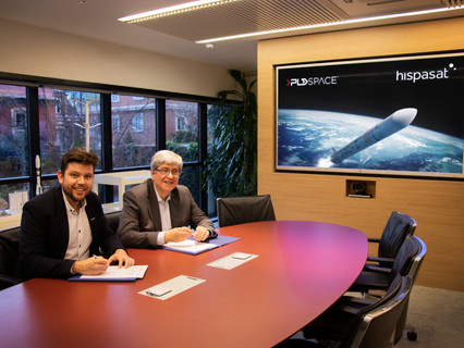 HISPASAT and PLD Space agreement to collaborate in the compatibility analysis of small satellites on