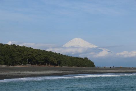 有海、有富士山、還有松樹林的祕境:三保松原
