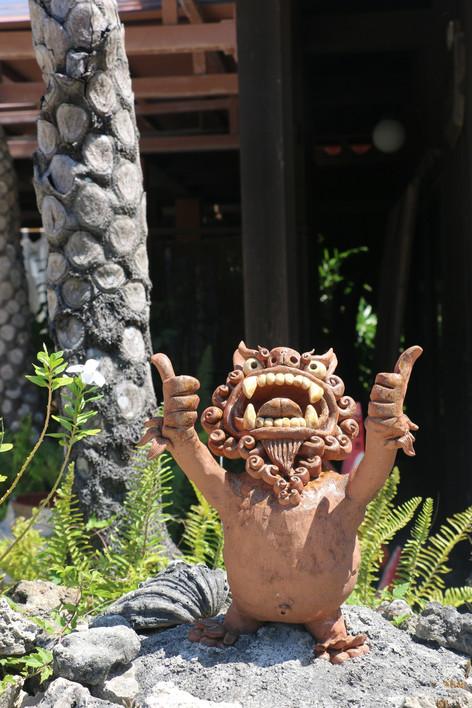 好親切!好趣味!石垣島、竹富島的石獅們