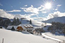 Wintersonne am Ferienhof