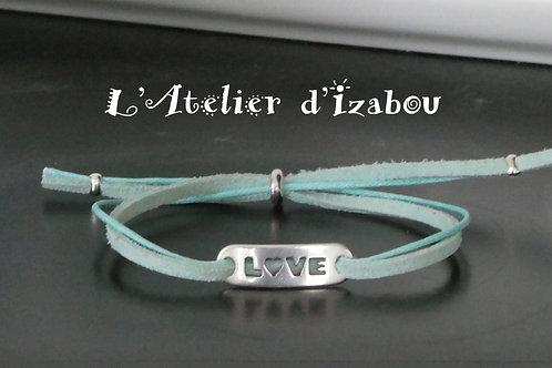 """Bracelet fin Love, daim et coton ciré vert d'eau, connecteur """"Love"""""""