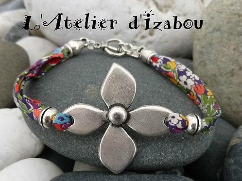 Bracelet printemps fleurs en cordon liberty à fleurs multicolores et sa grande f