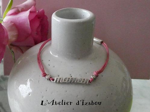 """Bracelet fin femme """"Maman"""" coton ciré rose, perles métal et fermoir pression"""