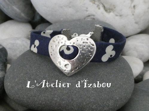 Bracelet Fête des mères, cordon liberty passant coeur martelé