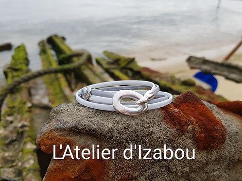 Bracelet gris-blanc douceur et son passant coeur