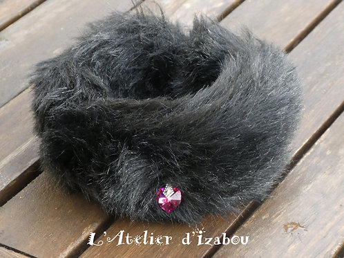 Bracelet manchette fourrure et coeur Swarovski rose