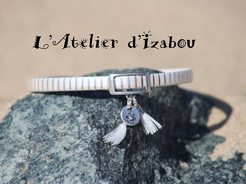Bracelet femme cuir blanc satiné strié argenté et pompons