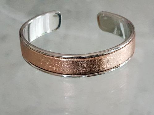 Jonc ouvert métal et cuir rose gold métallisé