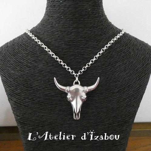 Collier Princesse chaîne ronde et pendentif tête de buffle