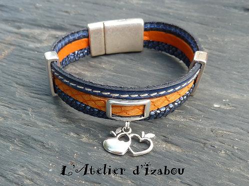 Bracelet noces de cuir triple rang de cuirs et breloque coeur