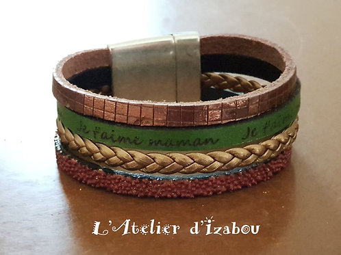 """Bracelet Fête des mères large multirangs cuir vert gravé """"je t'aime maman"""""""