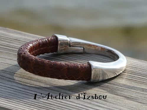 Bracelet demi jonc cuir régalez marron aspect reptile