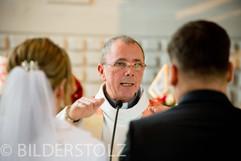 Hochzeit C u C Kirche-10.jpg