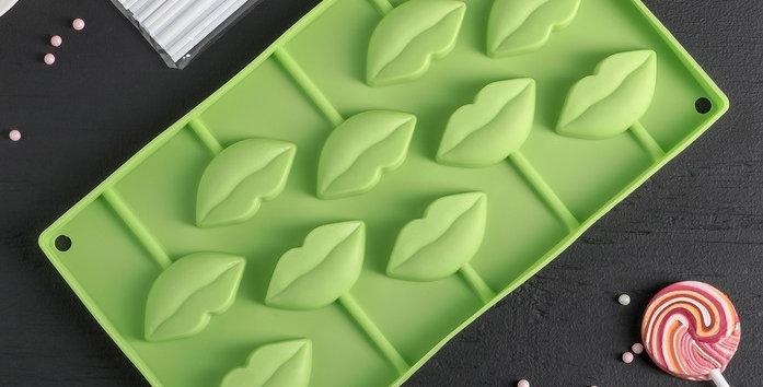 """Форма для шоколада и мороженого """"Поцелуй"""", 28,5х16х1,5 см, 10 ячеек (6х3см)"""