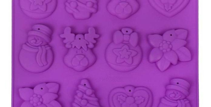 """Форма для шоколада и выпечки 3D 30×30 см """"Ёлочные игрушки"""", 12 ячеек"""