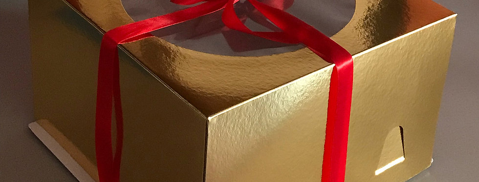 Коробка с окном  300*300*190 мм золото