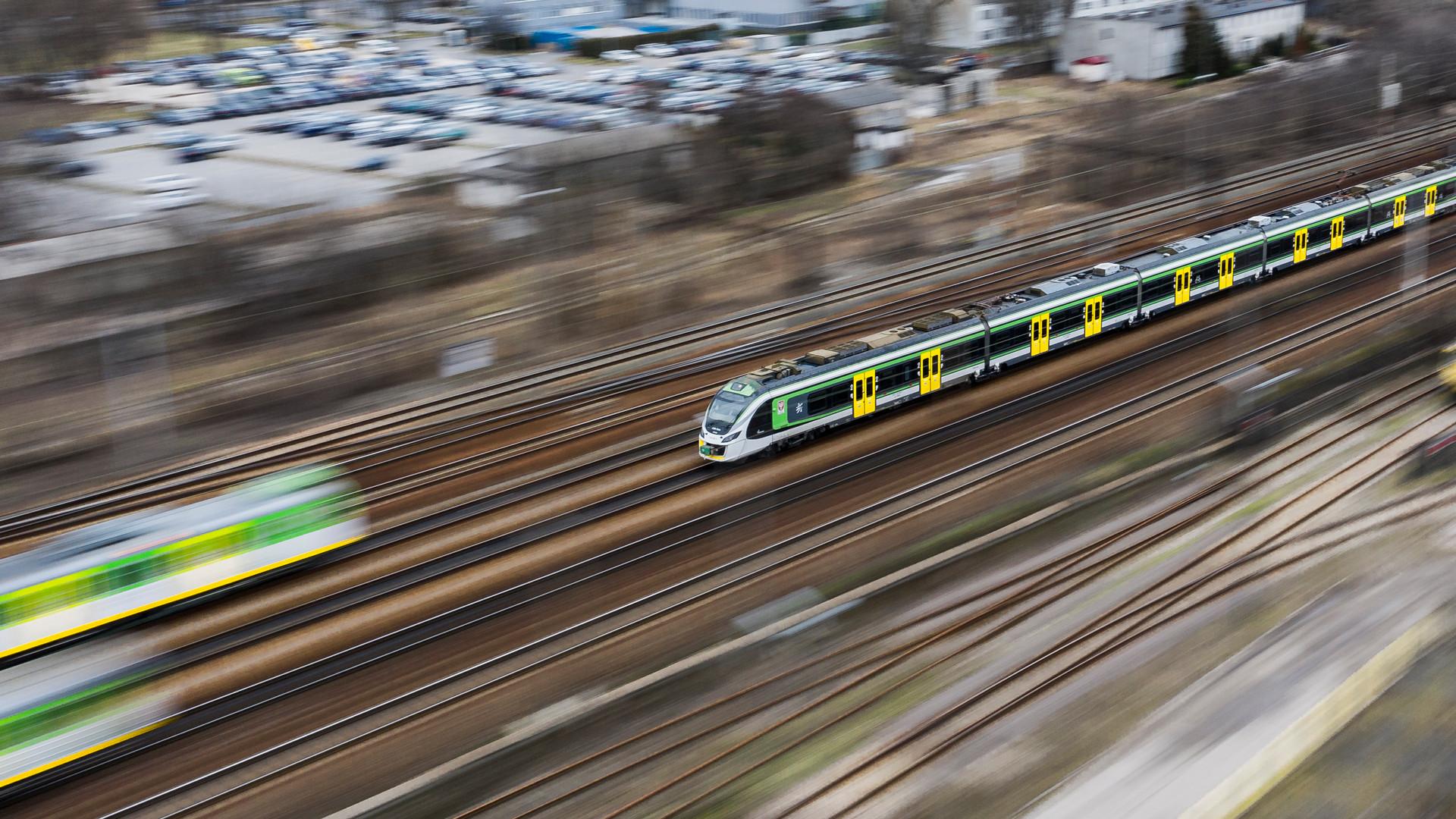 pociąg_panning_warszawa_wschodnia_luty_