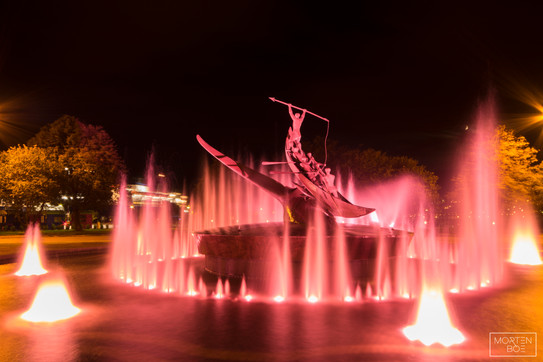 Fountain of pink