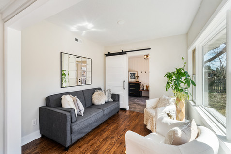 4515 Chatelain Terrace0013.jpg