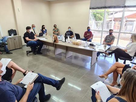 Prefeita Silvia define primeiras ações da gestão em reunião com o secretariado