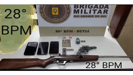Brigada Militar prende indivíduos com armas e munições na rodovia BR-290