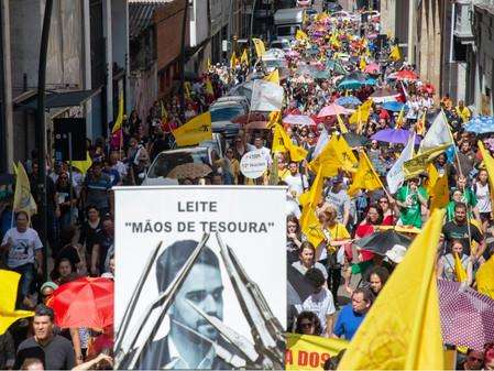 Governo Leite anuncia que professores que continuarem em greve terão seus pontos cortados