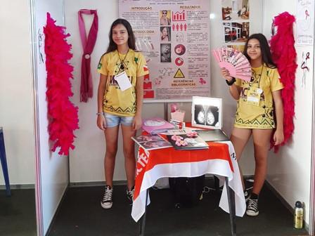 Alunas da escola Venceslau Brás participam de feira científica no Pará