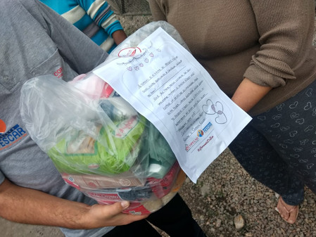 Copelmi arrecada 640 quilos de alimentos entre os seus colaboradores e doa cestas para famílias em v