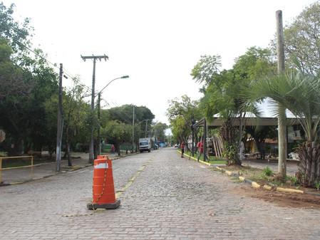 Trânsito da Av Leandro de Almeida sofre alteração