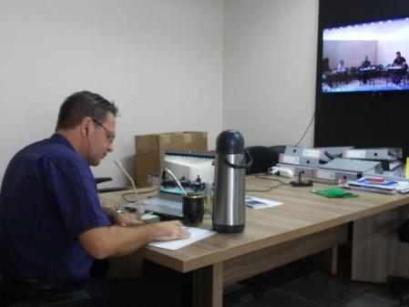 Governador pede para municípios da região não emitirem mais decretos