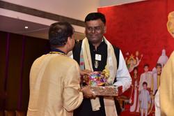 Felicitation of Lion Omprakash Pethe