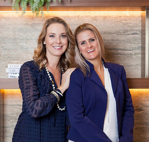 image of therapists and therapist coaches Kate and Katie who founded private practice startup and teach the private practice marketing e-course.