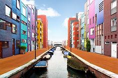 Arkitekturfotografering fra Amsterdam kanaler. Fotograferet af arkitekturfotograf Christina Lykke