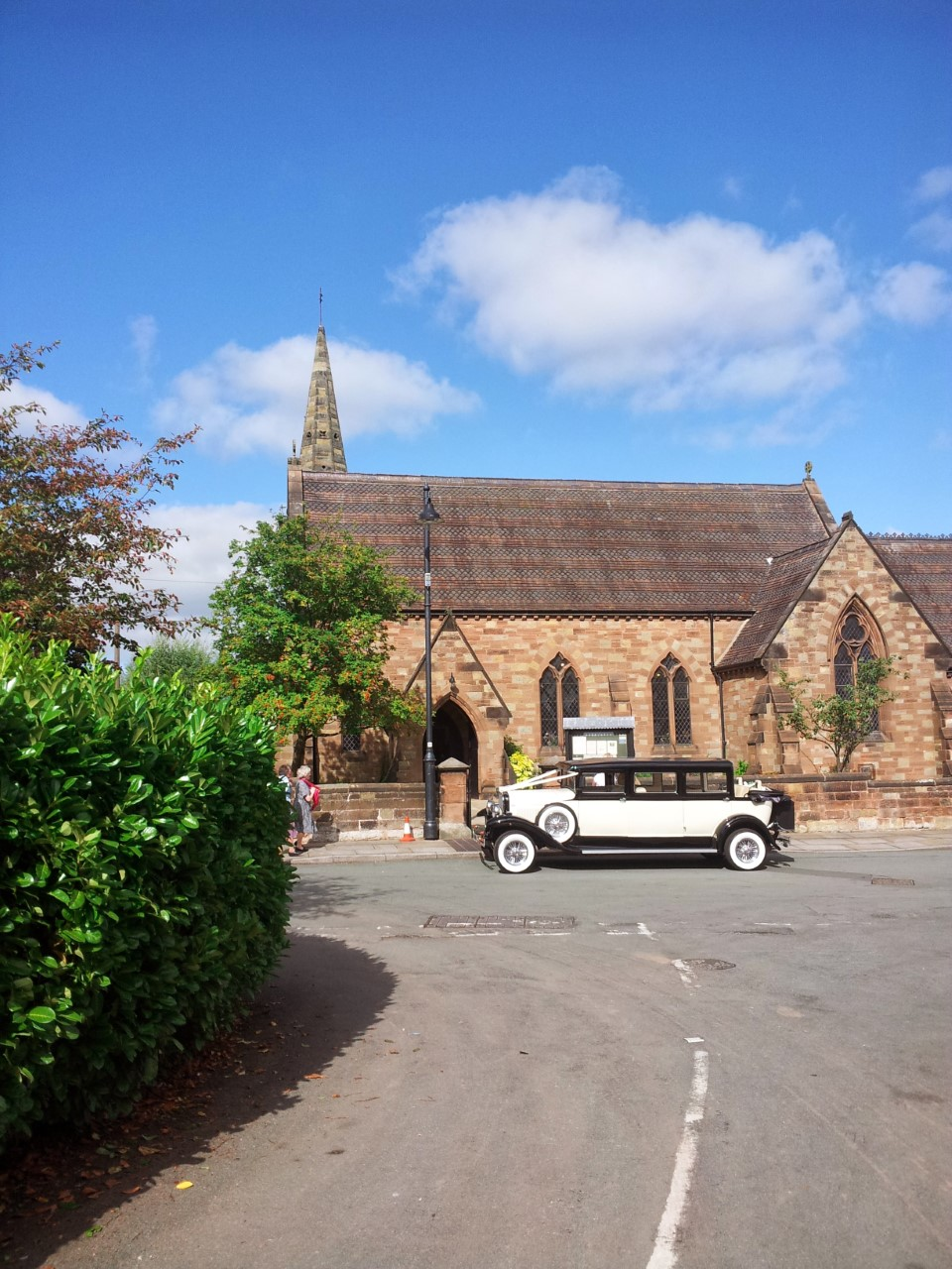 wedding car hire | castle weddings