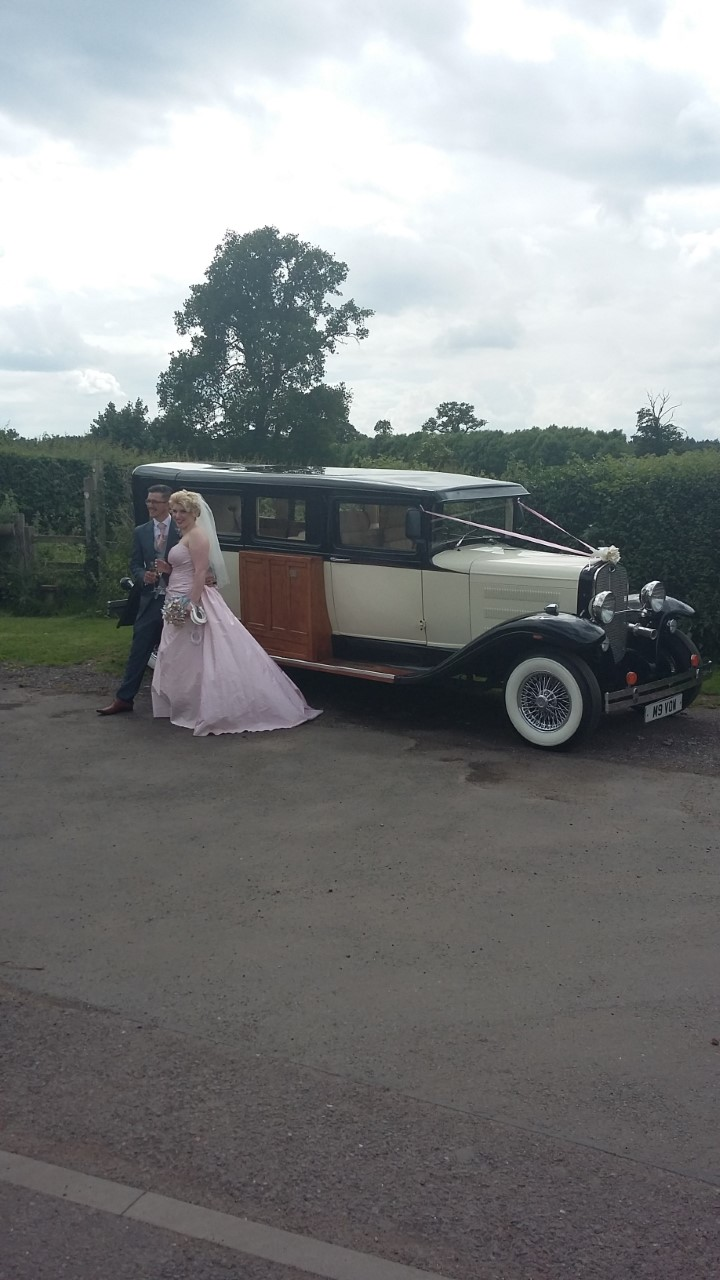 7 seater wedding car XXL