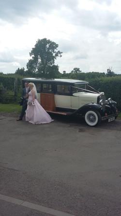 7 seater wedding car XXL