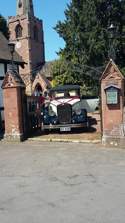 Cute Wedding Cars For Hire.