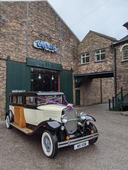 vintage car at enginuity