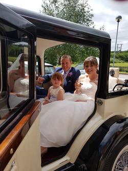 7 seater wedding car hire.