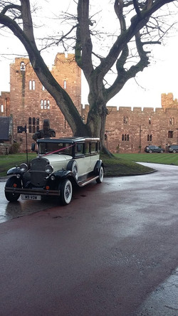 Castle wedding car hire