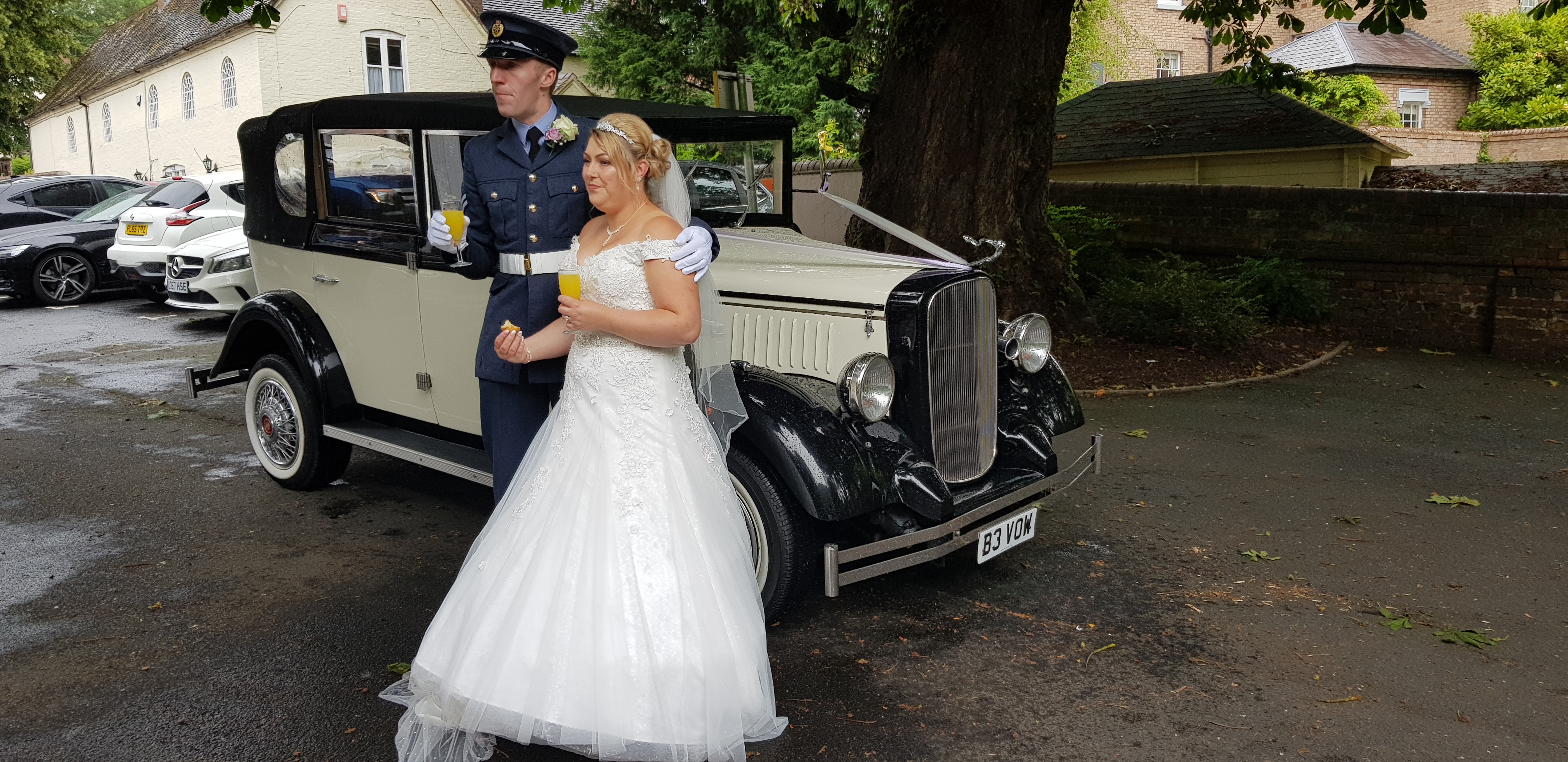 Wedding car hire telford.