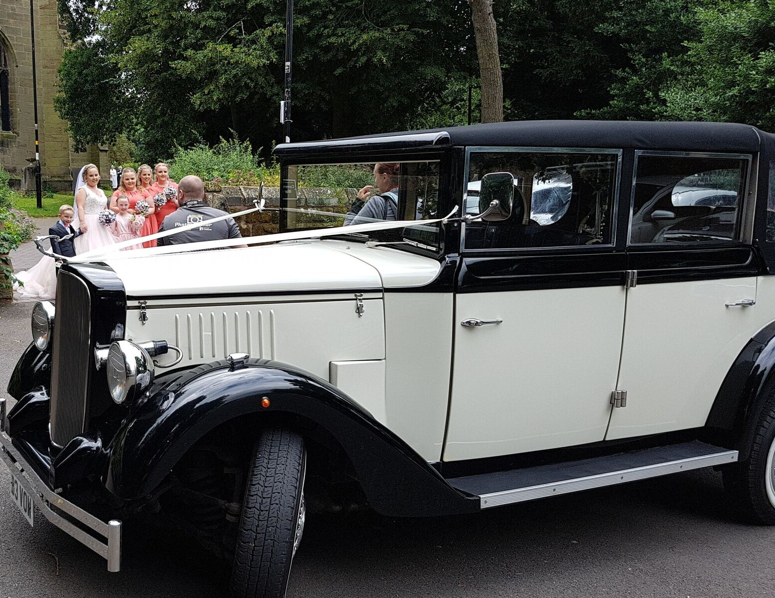 Cowley wedding car hire