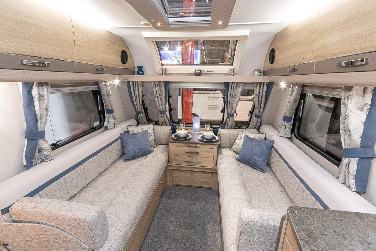 Elddis Chatsworth 860 2019