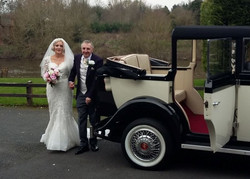Wedding cars avaible to hire