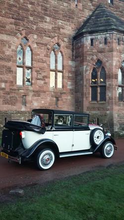 Church wedding car hire service UK.