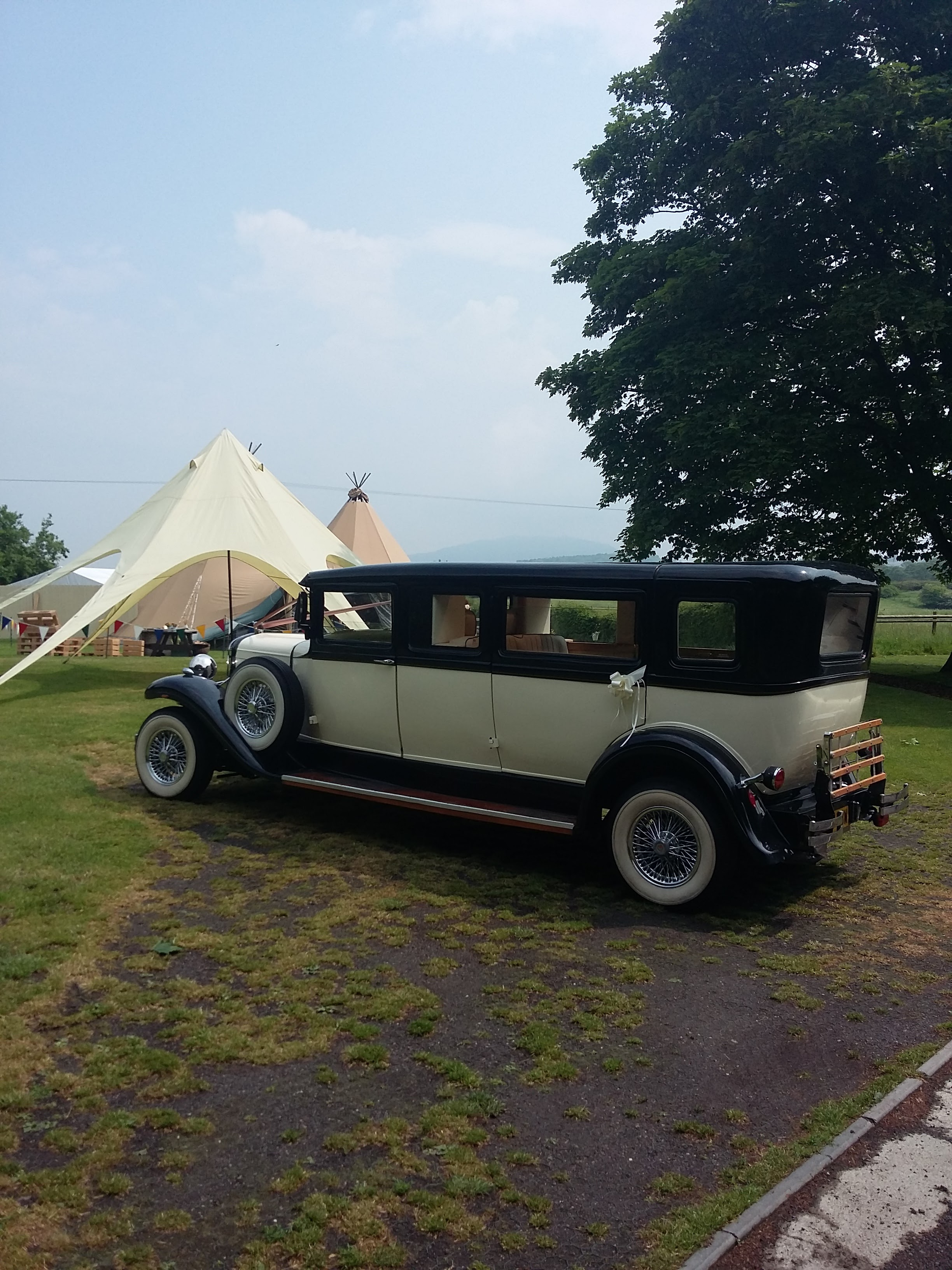 Wedding Cars & Tipis