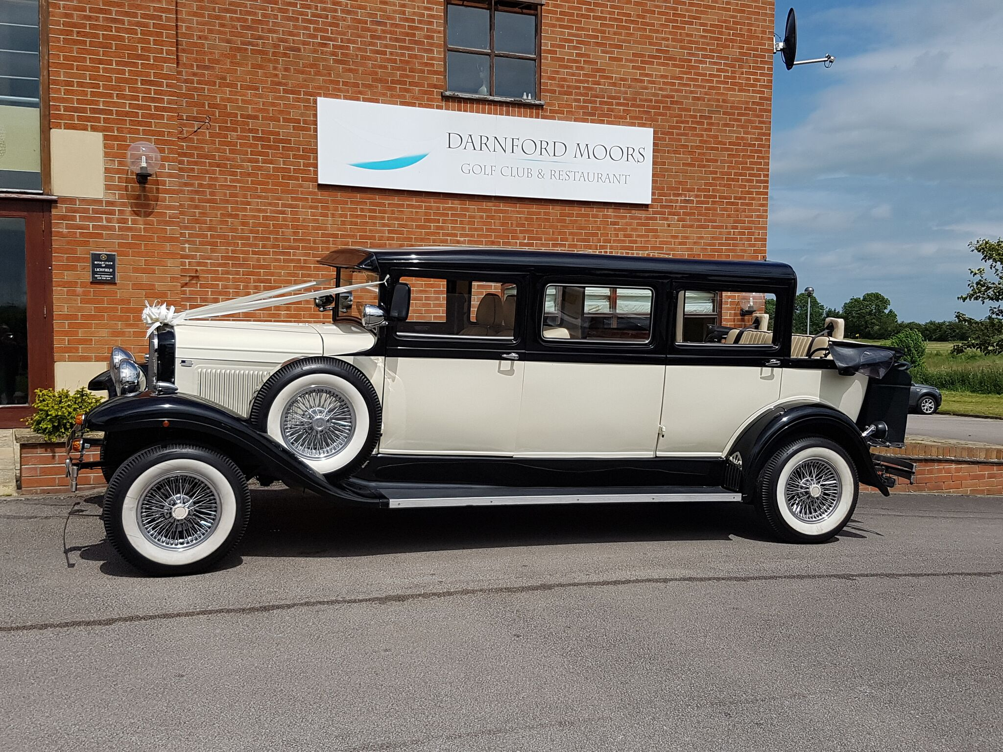 Streached vintage limousine