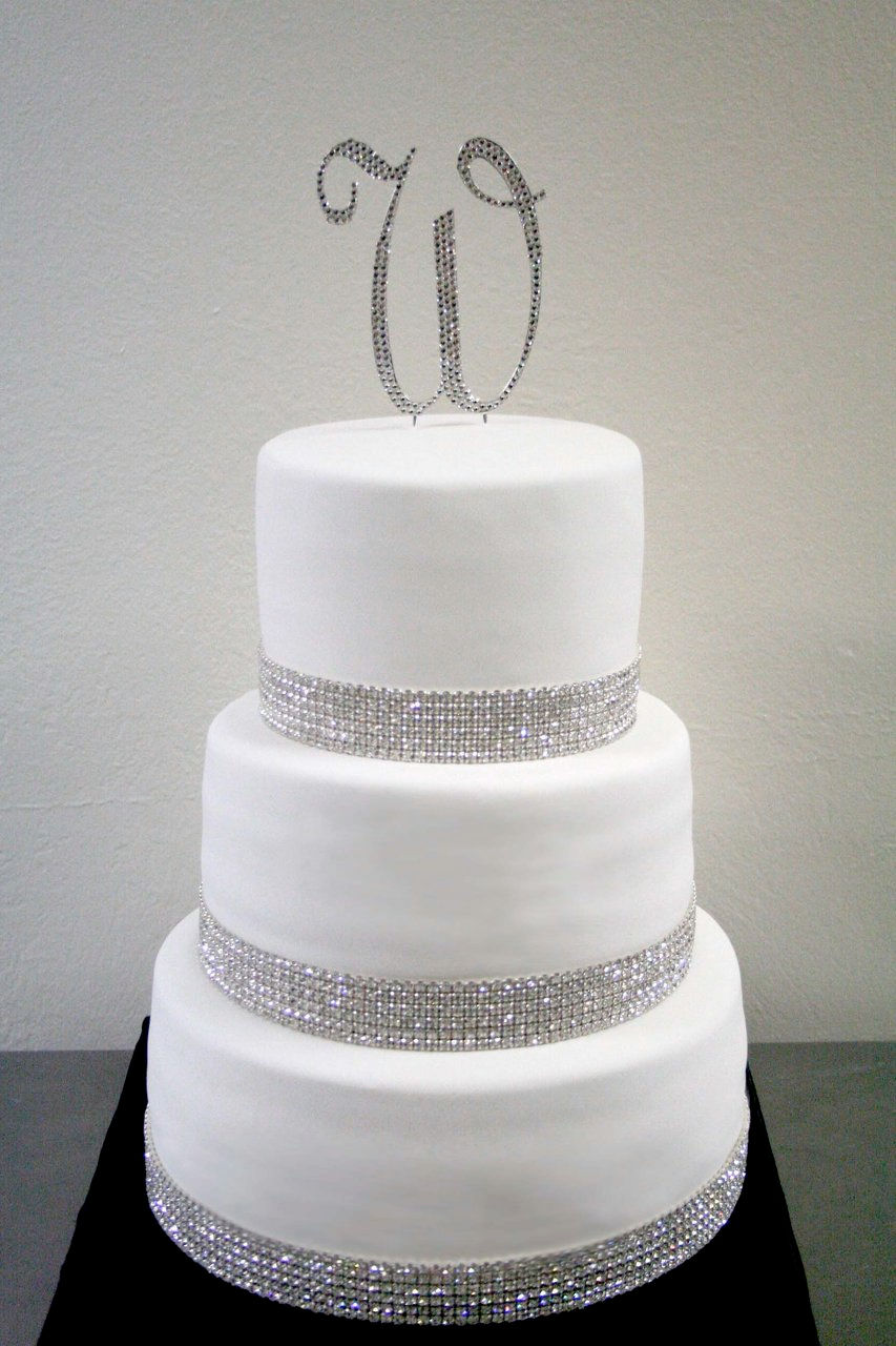 white wedding cake with gold bling posh couture cakes where the luxuries of meets cake 27410
