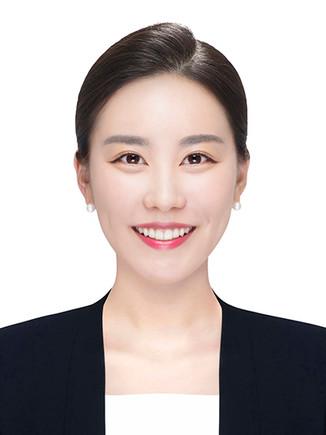 김현정w-2.jpg