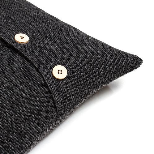 Подушка вязаная с пуговицами цвет Маренго